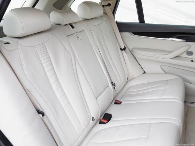 Фото задних сидений БМВ Х5 2016-2017