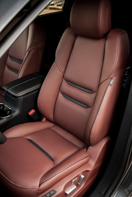 фото салон Mazda CX-9 2016-2017 кресло водителя