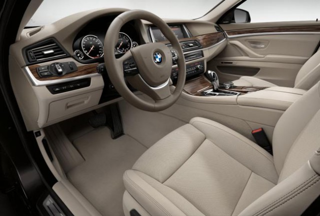 Фото салона BMW 5 2017
