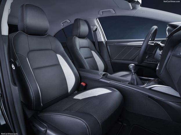 Toyota Avensis 2016-2017 (комплектации и цены, фото, видео)