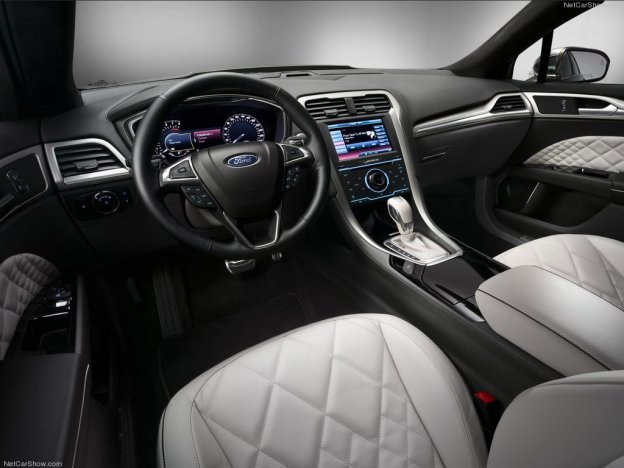 Фото салона Ford Mondeo Vignale 2015 2016