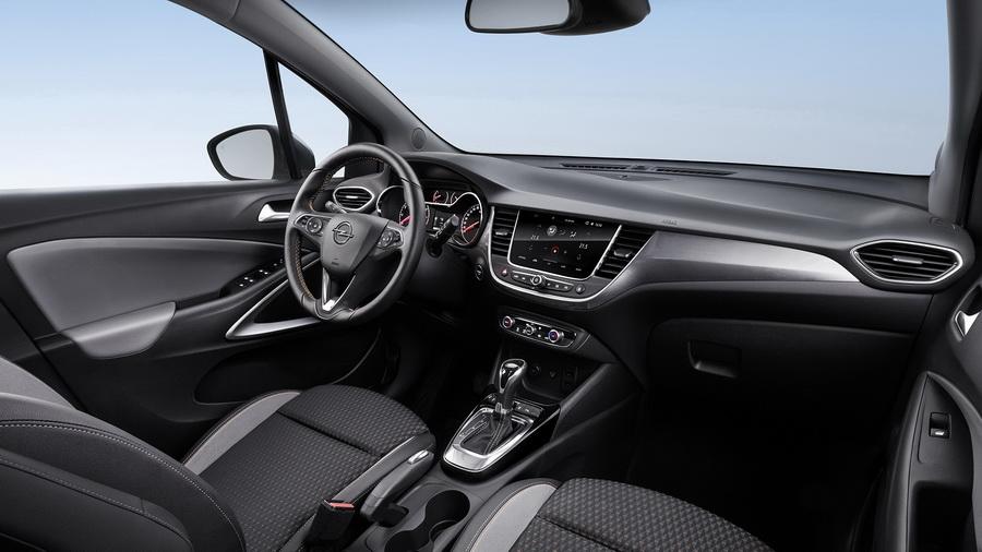 Opel Crossland X 2017-2018: свежий кросс от популярного бренда