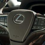 Lexus LS 500 2017-2018 — роскошный и мощный