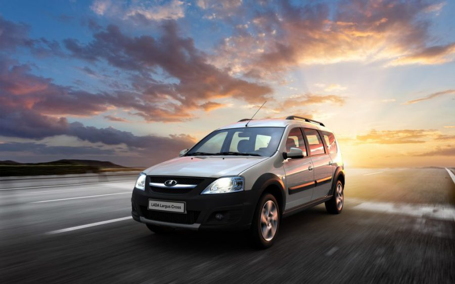 Лада Ларгус 2017 в новом кузове: комплектации, цены и фото