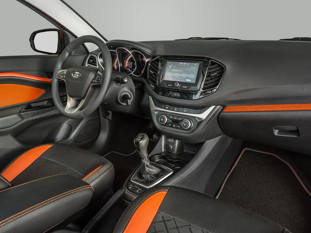 Lada Vesta SW 2017-2018 в кузове универсала