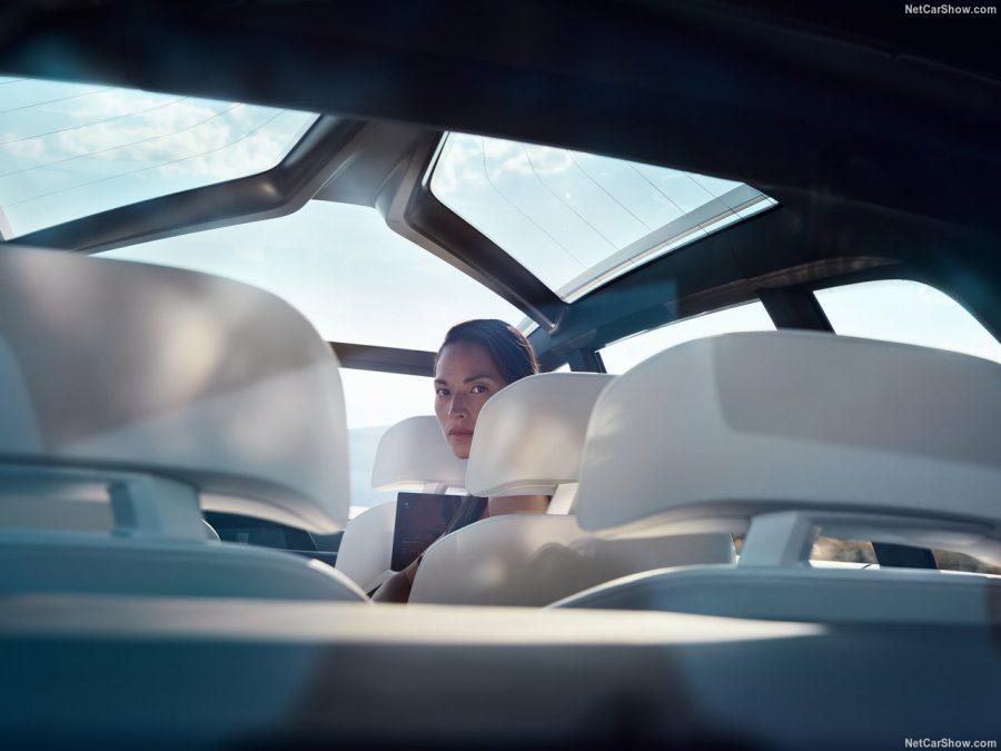 BMW X7 2018 — комплектации, цены, фото и характеристики