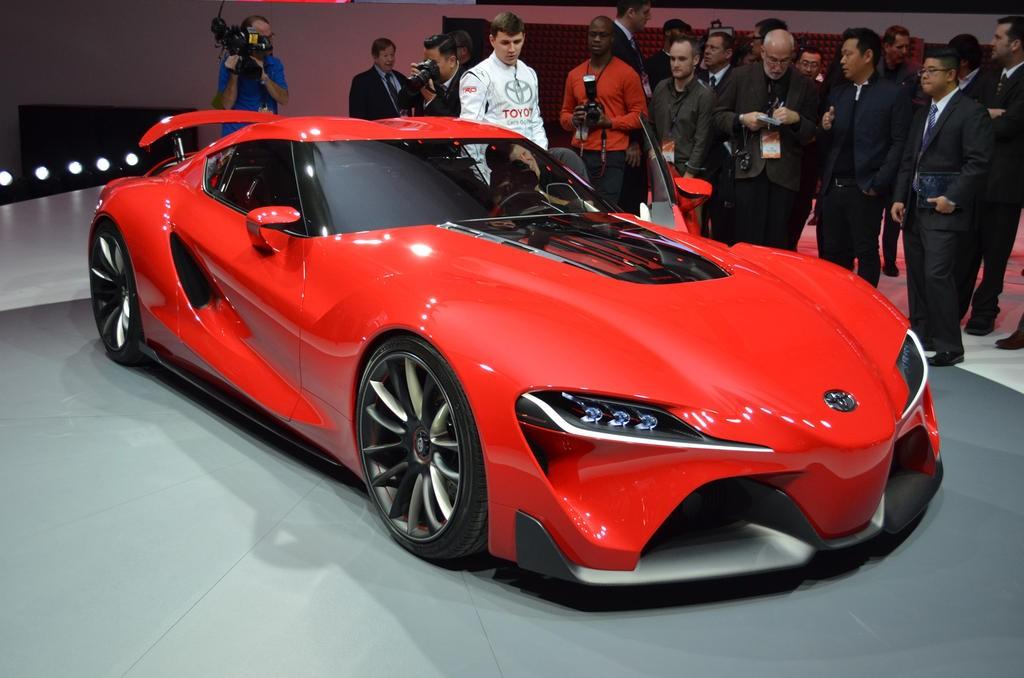 Премьера обновленного купе Toyota Supra