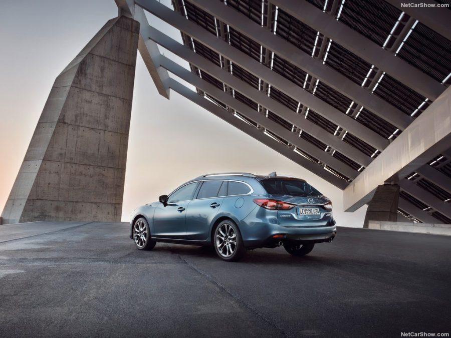 В Женеве представили обновленный универсал Mazda 6