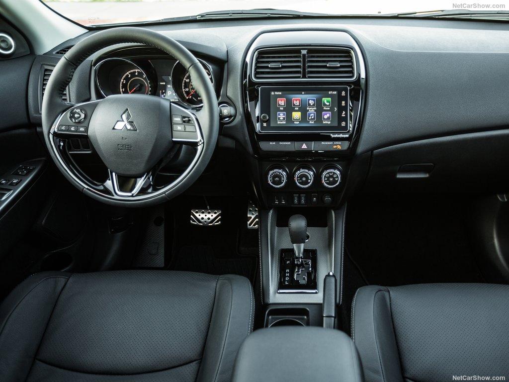 Обновленный Mitsubishi Outlander представлен официально