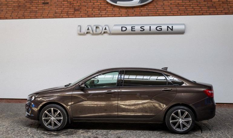 АвтоВАЗ не будет выпускать модель Lada Vesta удлинённой версии