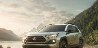 Toyota RAV 4 2018 модельного года: цены, комплектации, фото и характеристики