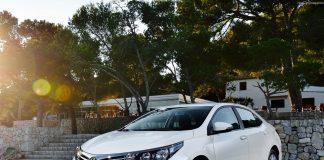 Toyota Corolla 2018: комплектации, цены и фото